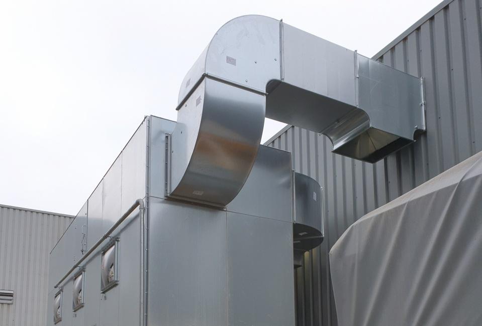 Industriële stofafzuiging: Een gezonde en schone werkomgeving voor Leunissen Interieurbouw